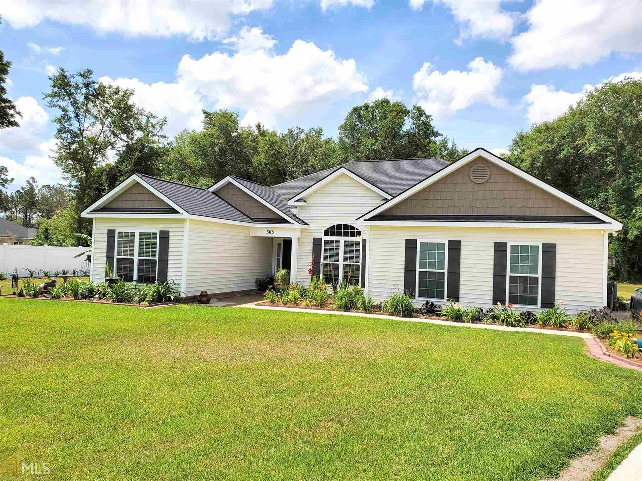 View Slide 0 for listing 8988394