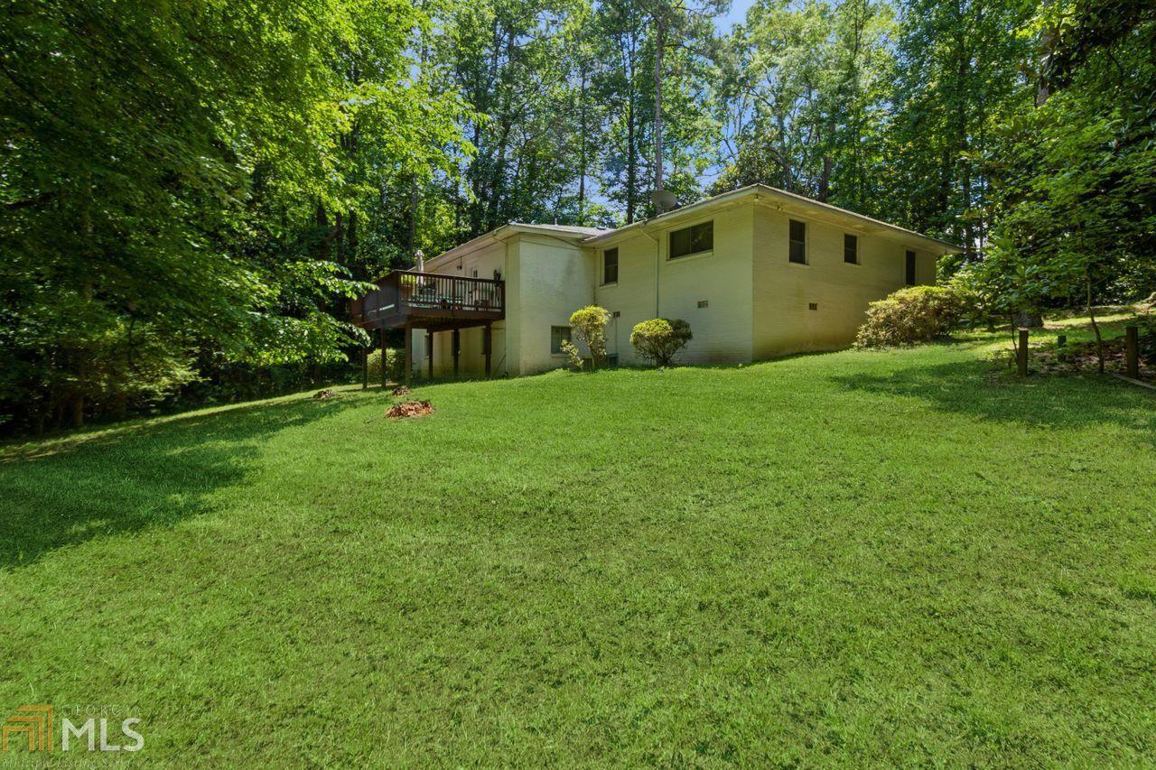 View Slide 33 for listing 8984650