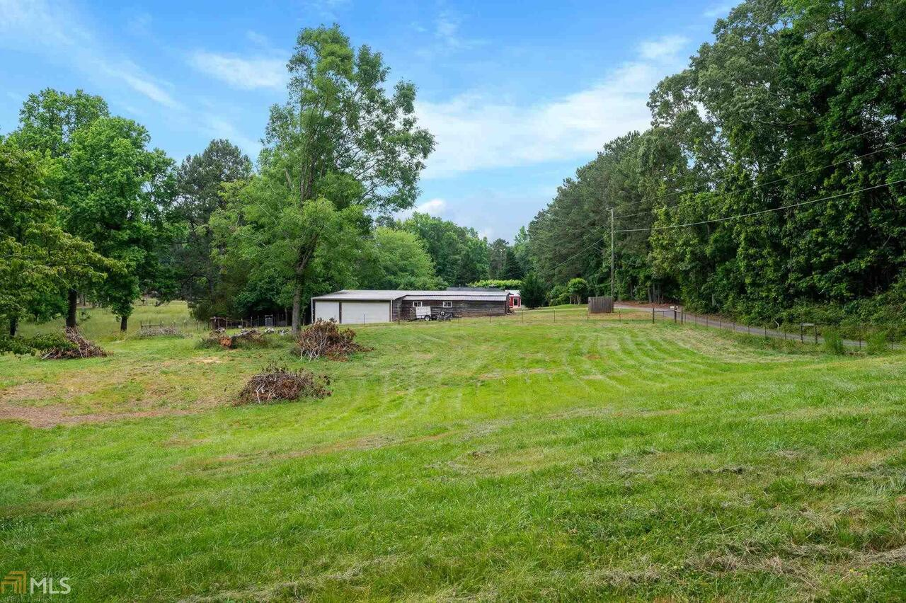 View Slide 21 for listing 8995647