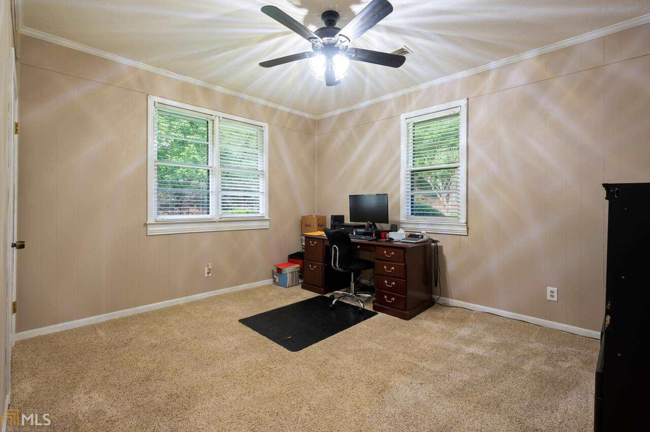View Slide 69 for listing 8995647