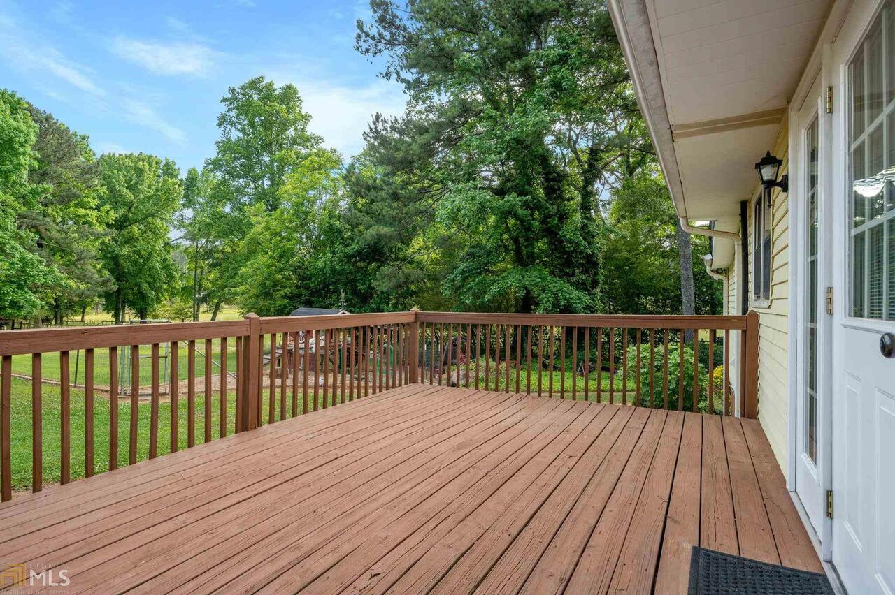 View Slide 78 for listing 8995647