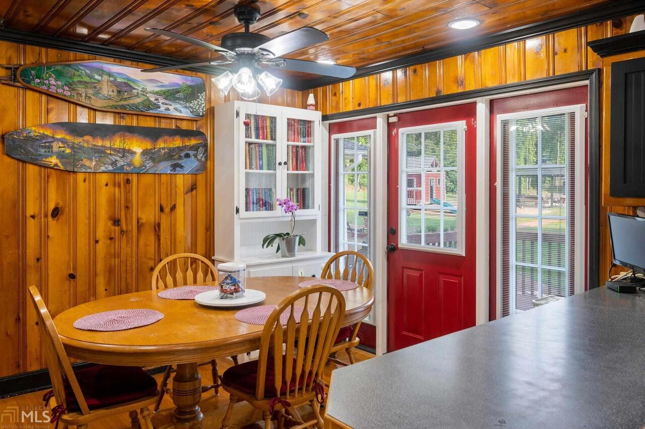 View Slide 82 for listing 8995647