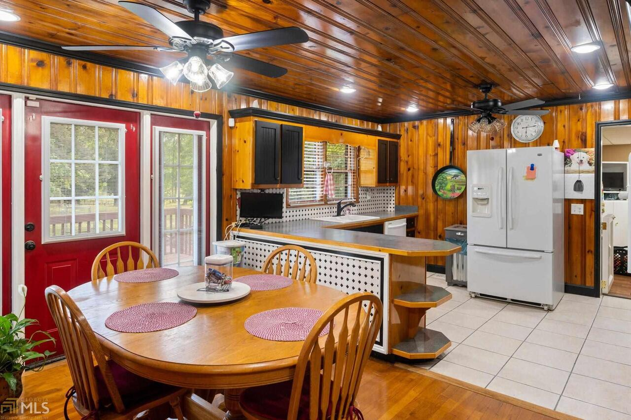 View Slide 83 for listing 8995647