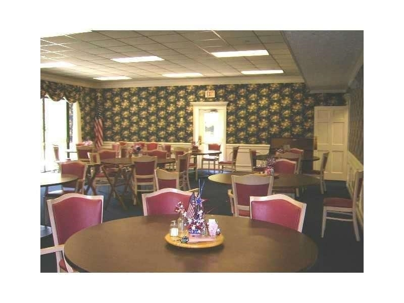 View Slide 9 for listing 9002289