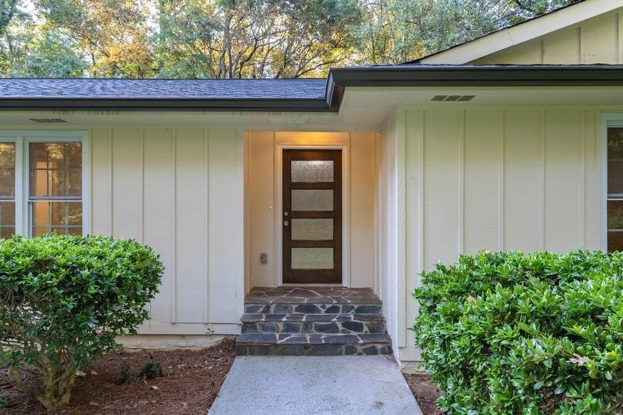 1555 Sunnybrook Farm Road, Sandy Springs, GA, 30350,