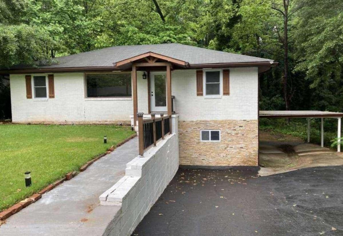 1373 Benteen Way, Atlanta GA 30315
