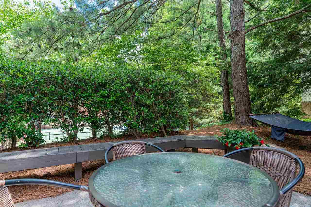 View Slide 45 for listing 9008362