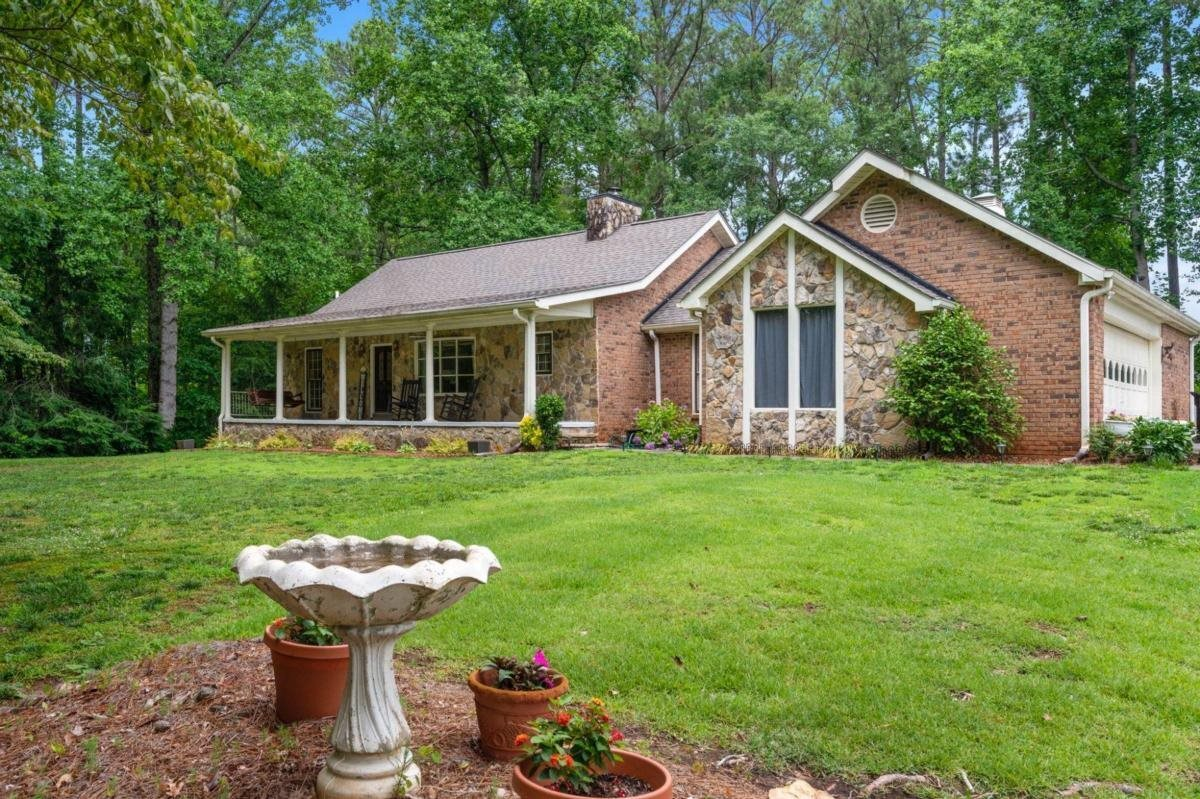 View Slide 0 for listing 8995540