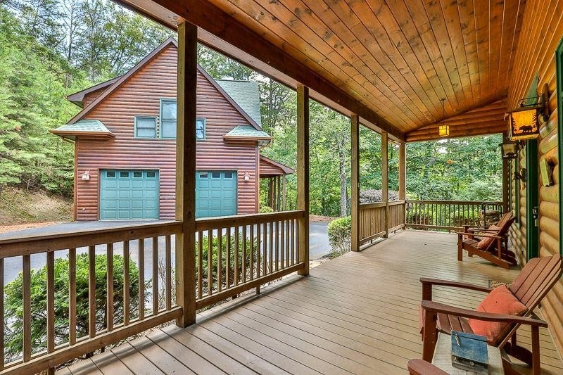 View Slide 30 for listing 9009731