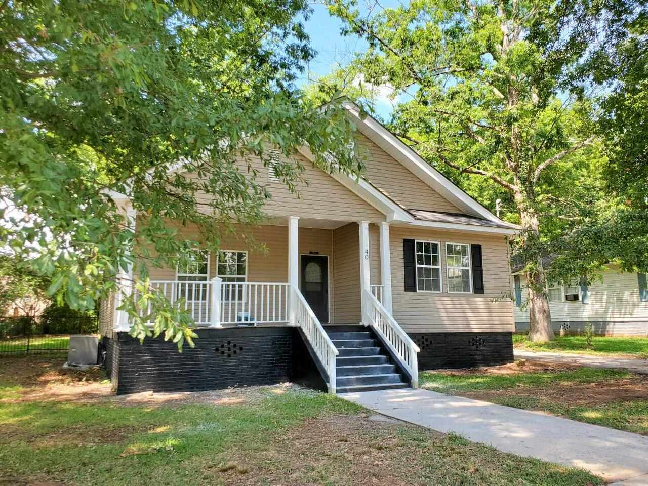 View Slide 0 for listing 8989706