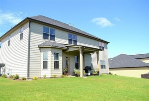 View Slide 4 for listing 8983440
