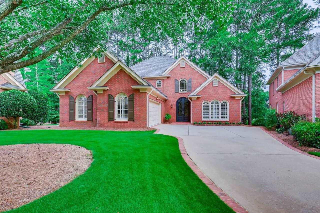 1600 Brookside Circle, Roswell, GA, 30076,
