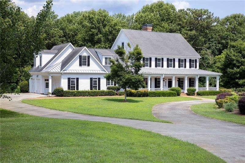 View Slide 0 for listing 9012877