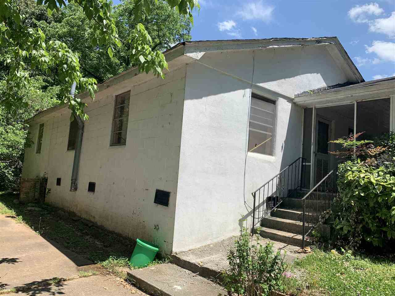 View Slide 23 for listing 8986700