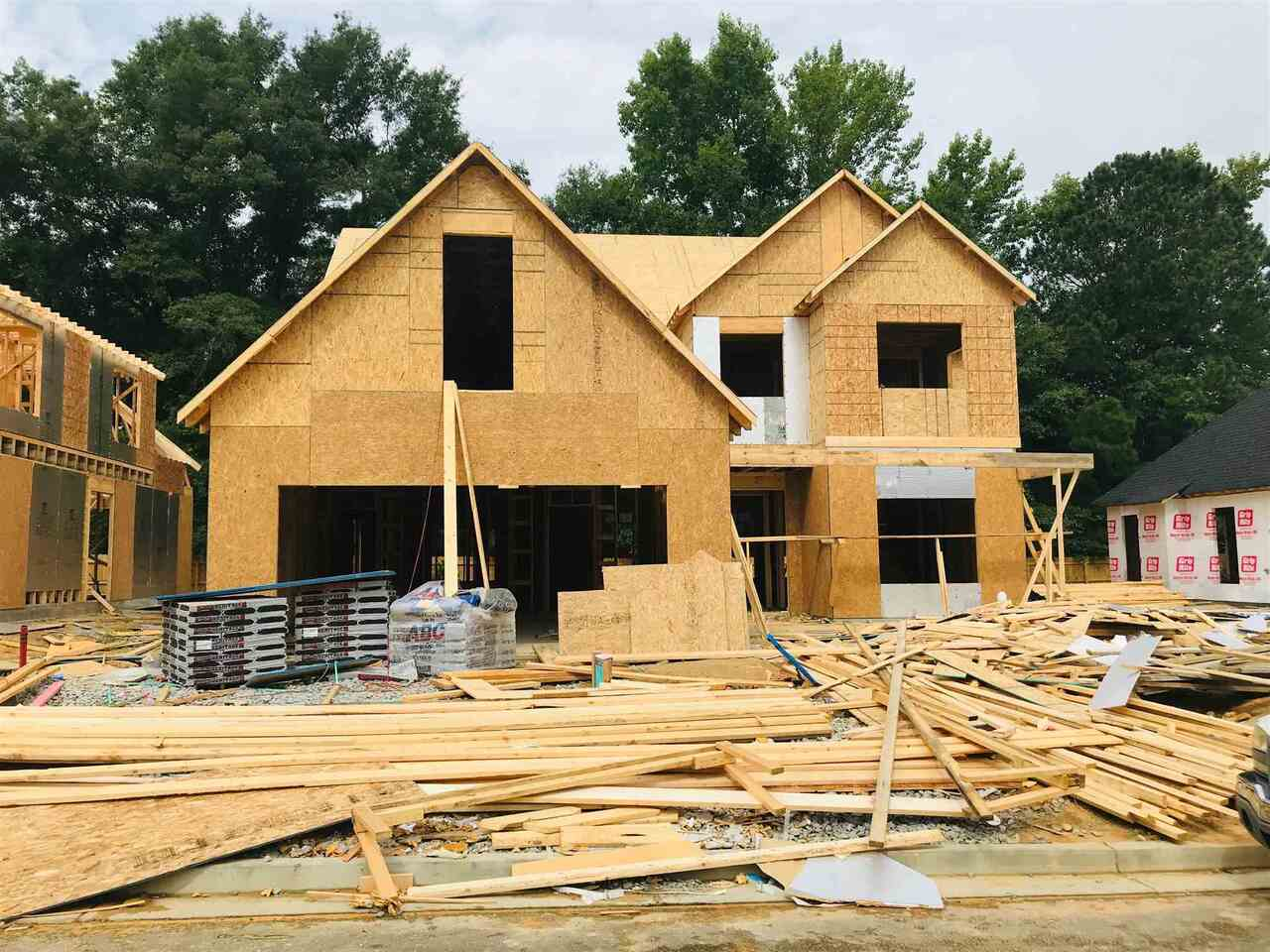 View Slide 2 for listing 9014017