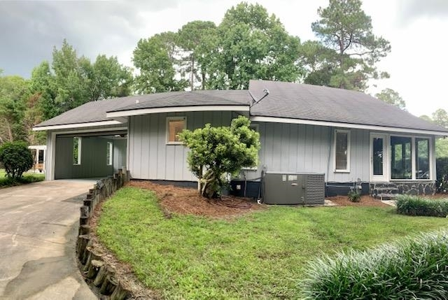 View Slide 9 for listing 9014105