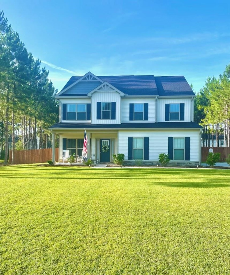 View Slide 0 for listing 9014240