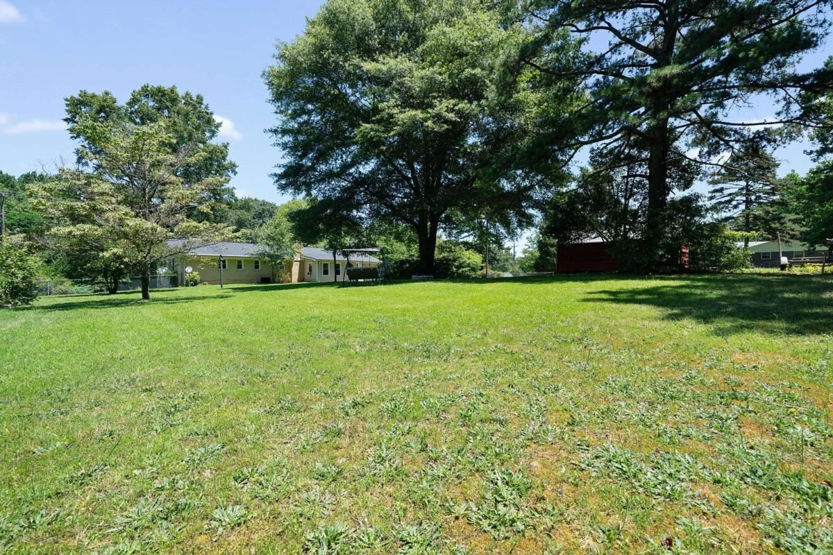 View Slide 27 for listing 9000067