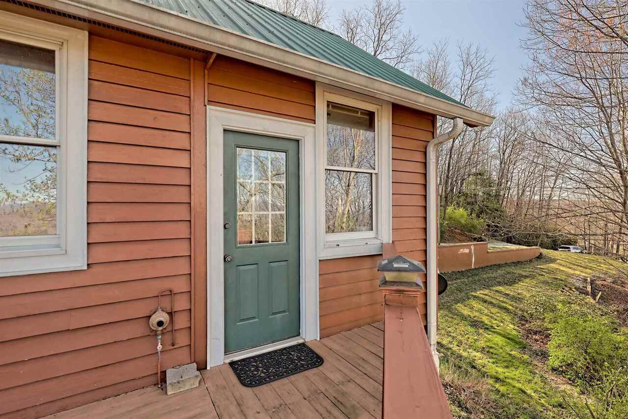 View Slide 47 for listing 8955977