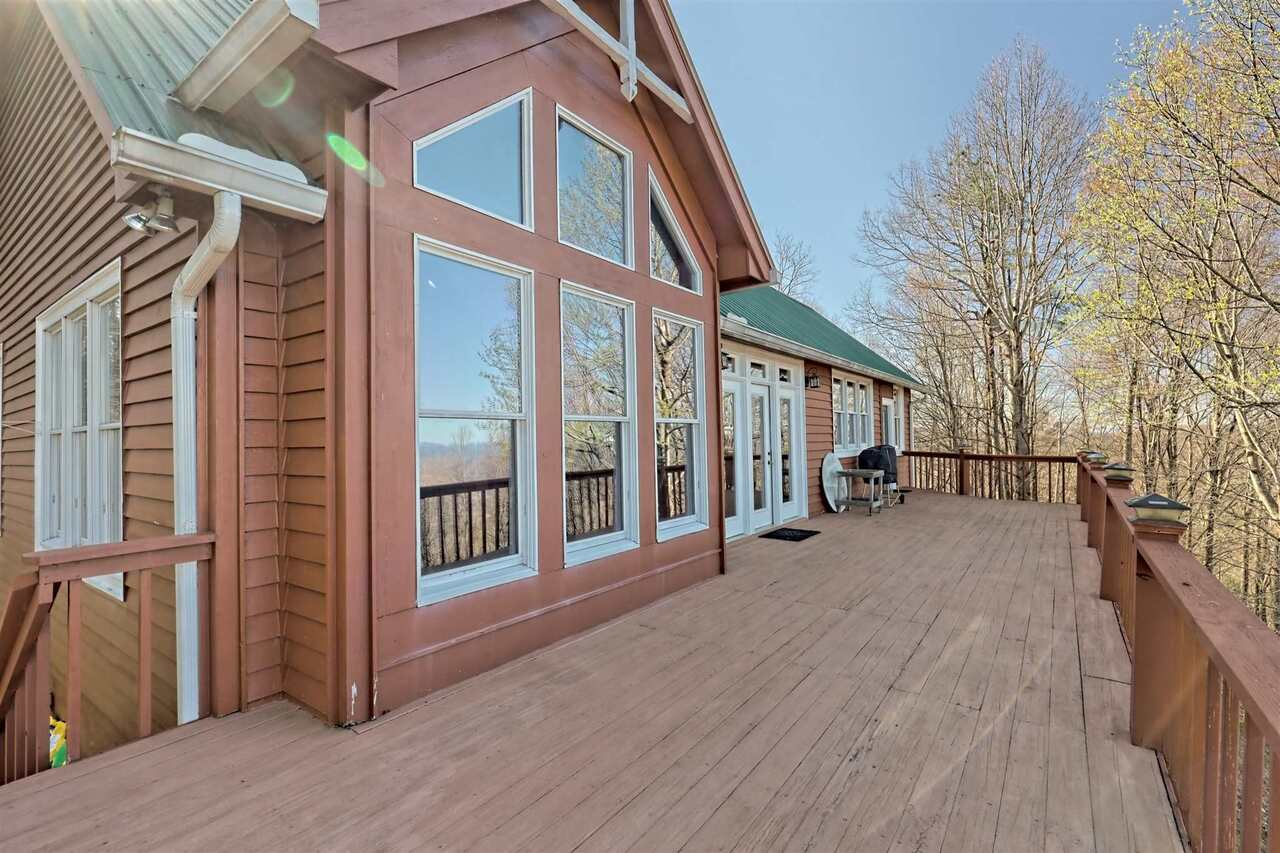 View Slide 52 for listing 8955977