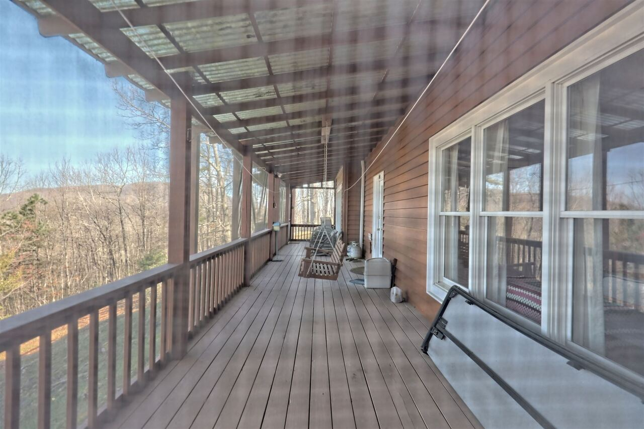 View Slide 76 for listing 8955977