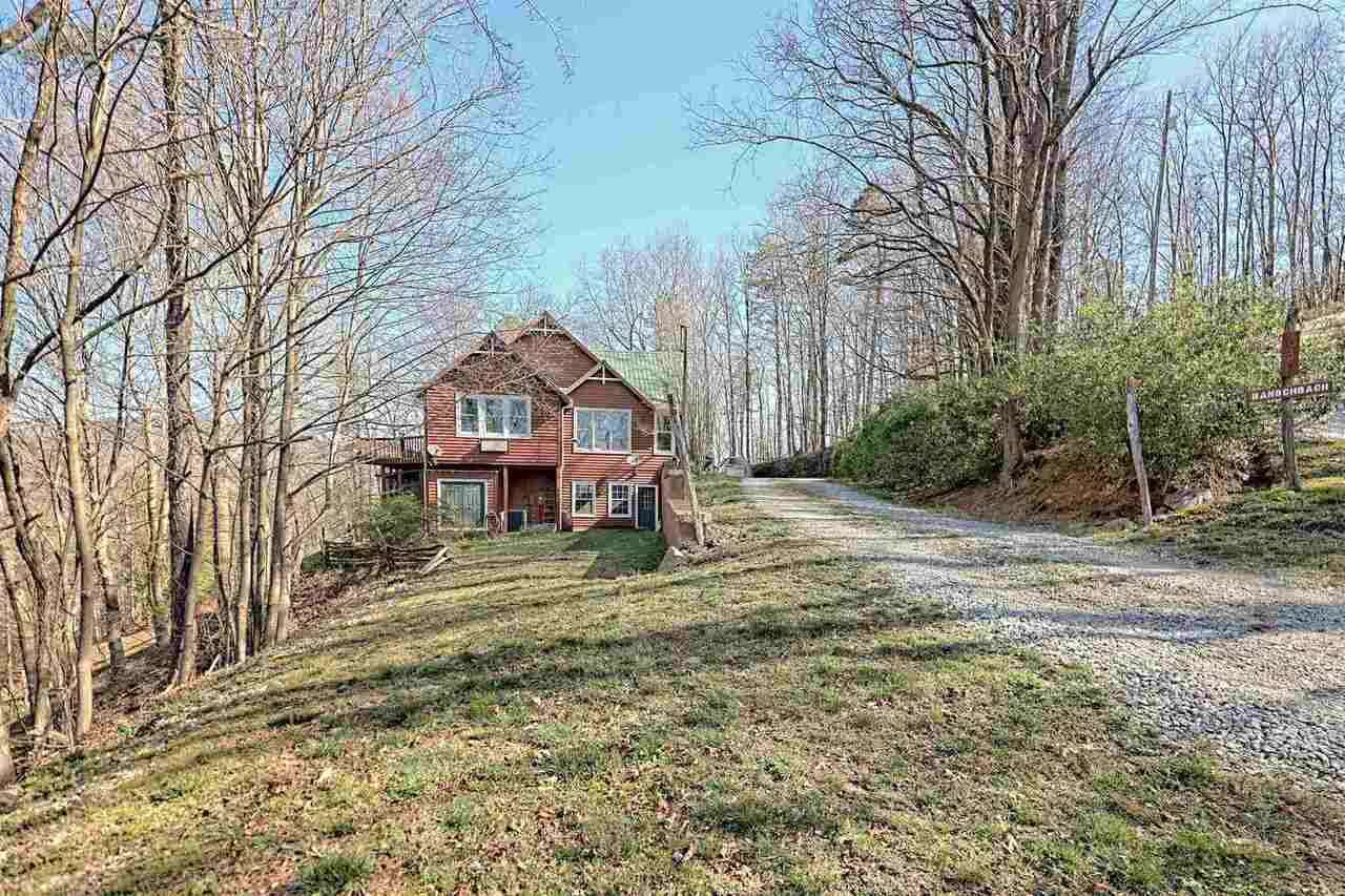 View Slide 77 for listing 8955977