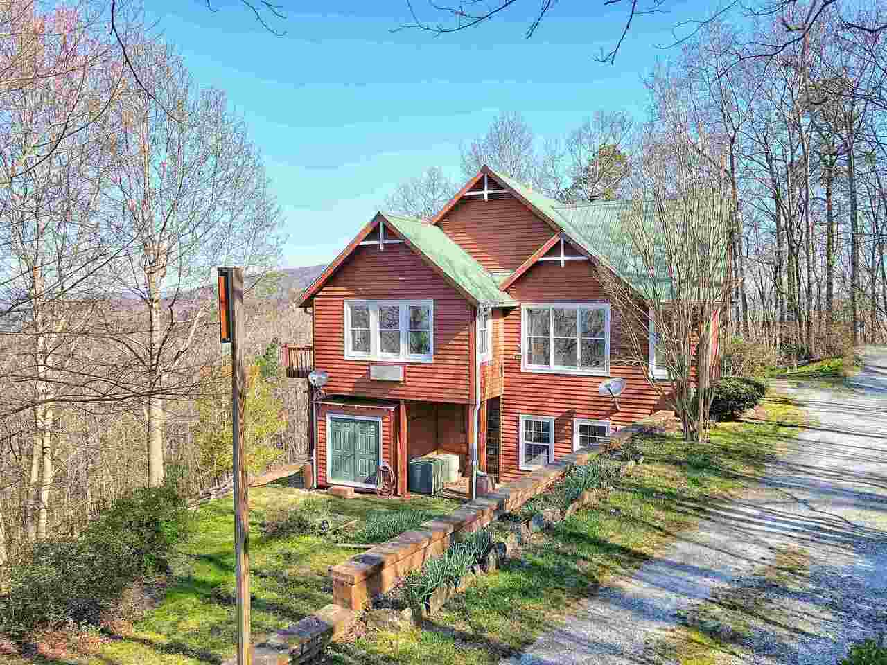 View Slide 8 for listing 8955977