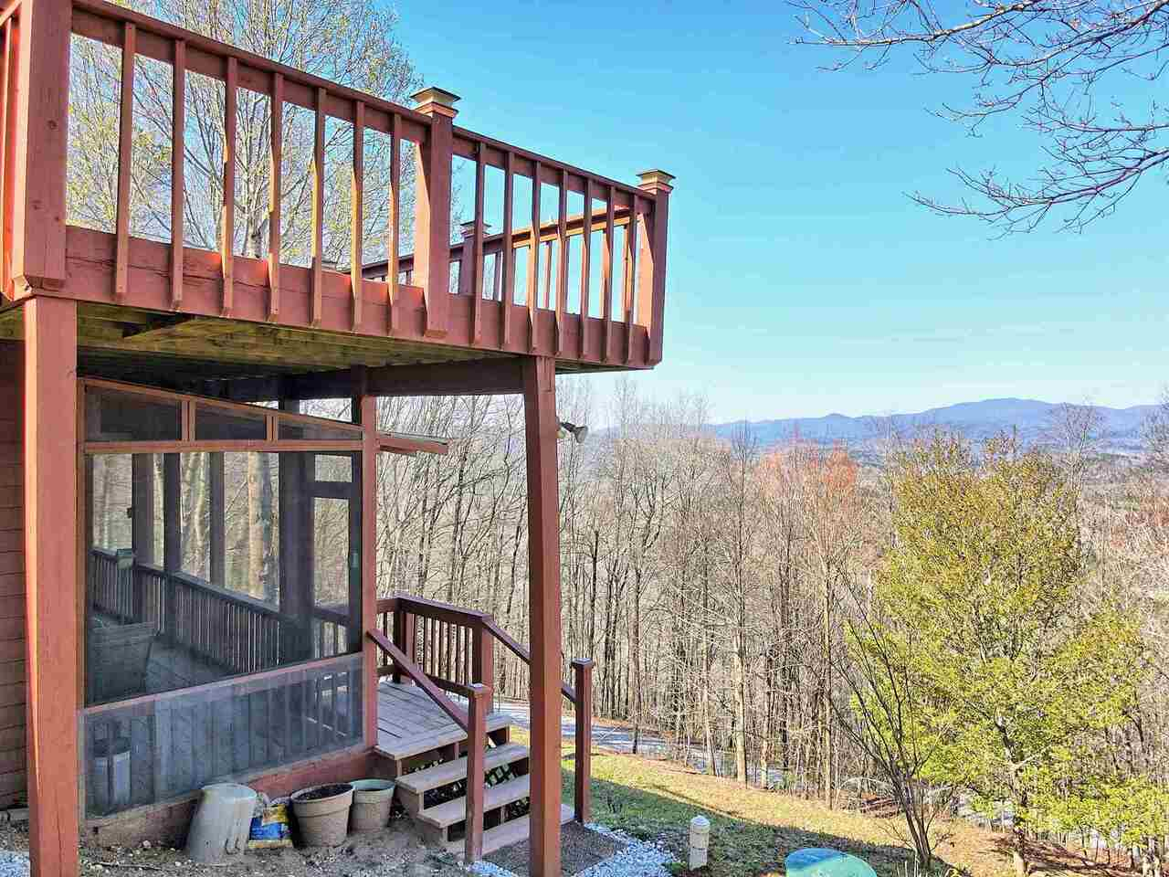 View Slide 90 for listing 8955977