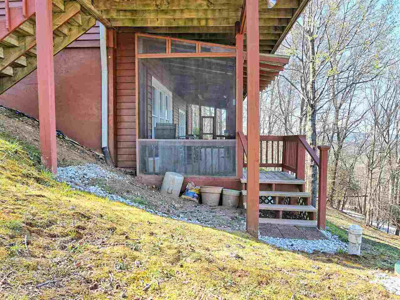 View Slide 91 for listing 8955977