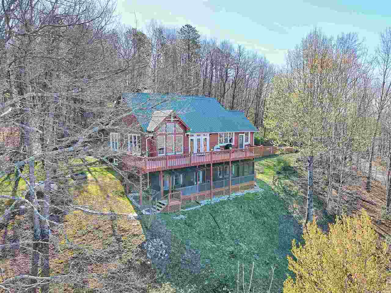 View Slide 92 for listing 8955977