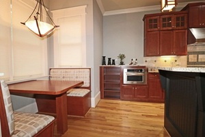 View Slide 14 for listing 9015884