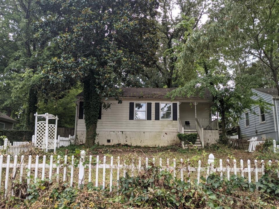 1882 Francis Ave, Atlanta GA 30318
