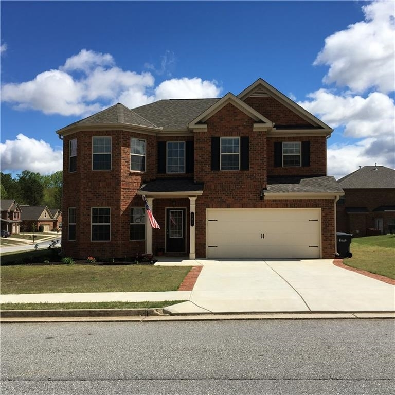 View Slide 0 for listing 9018473
