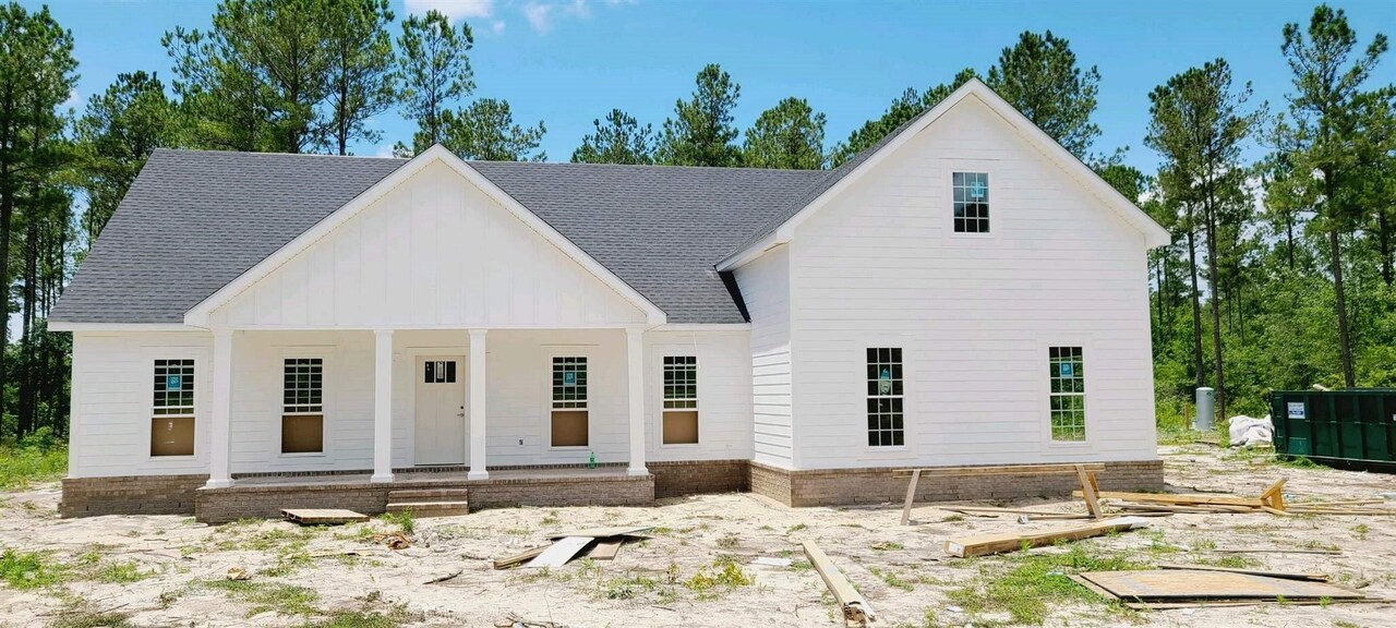 View Slide 0 for listing 8992757