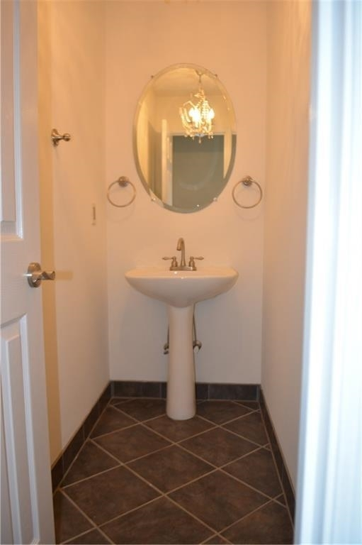 View Slide 26 for listing 8995226
