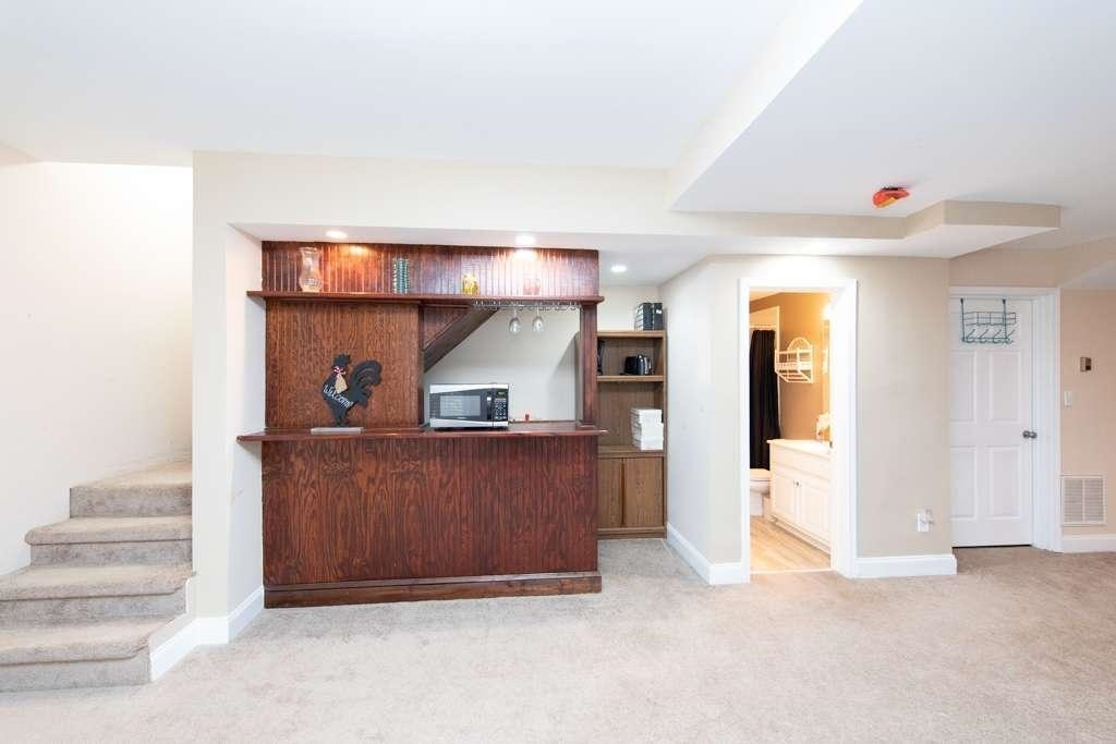 View Slide 54 for listing 8984601