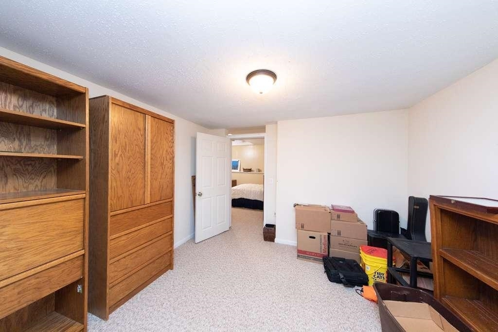 View Slide 62 for listing 8984601