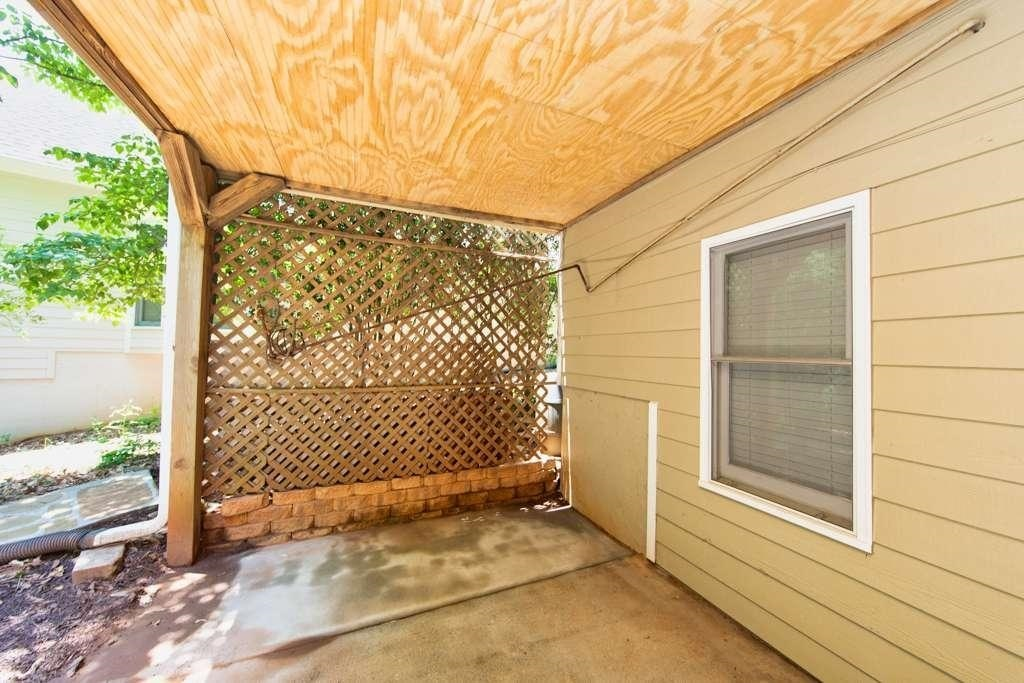 View Slide 65 for listing 8984601