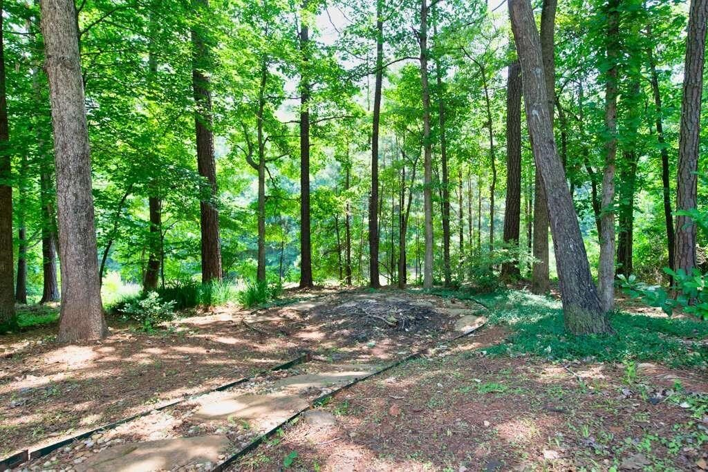View Slide 69 for listing 8984601