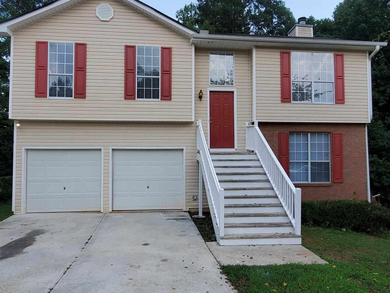 4194 Riverbank Ct, Decatur GA 30034