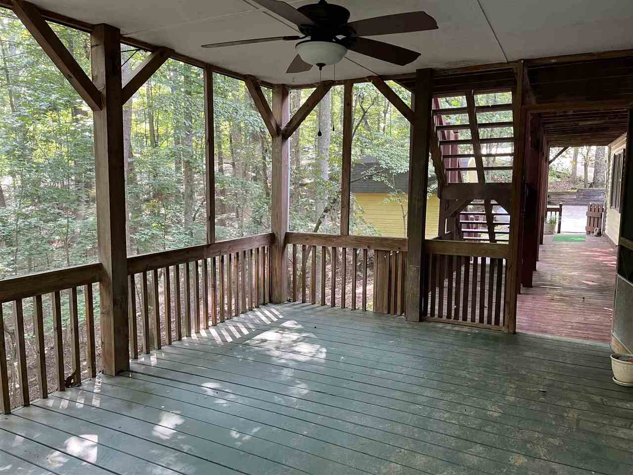 View Slide 22 for listing 9021755