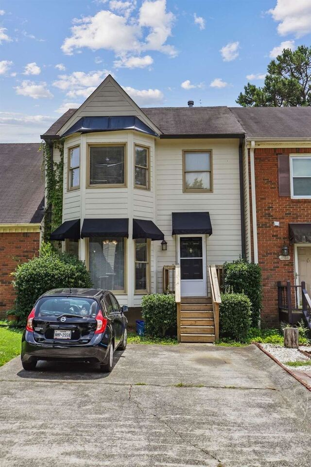 1086 Magnolia Way SE, Smyrna, GA, 30082,