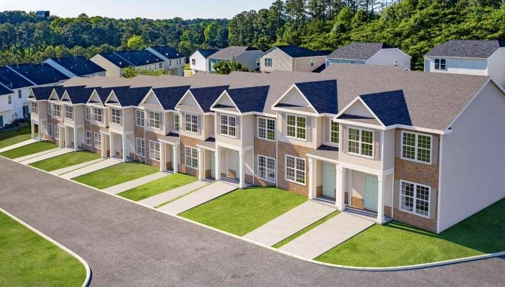 2818 Laurel Ridge Circle, East Point, GA, 30344,