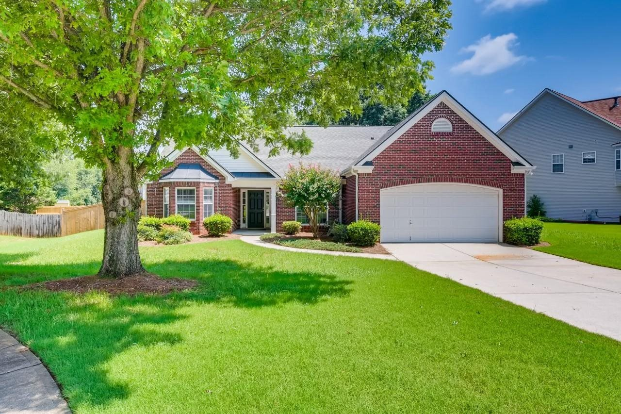617 Stone Hollow Place, Lawrenceville GA 30046