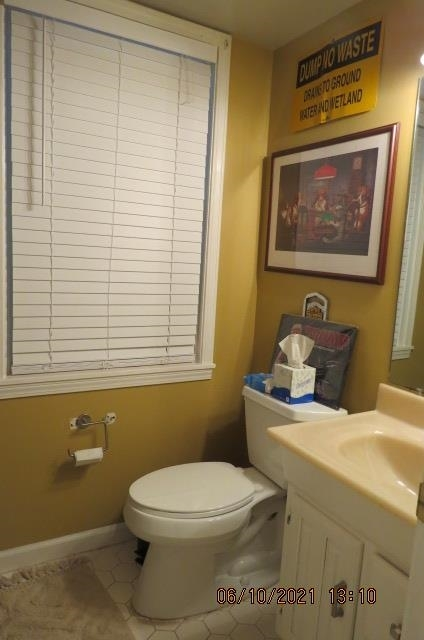 View Slide 12 for listing 8994730