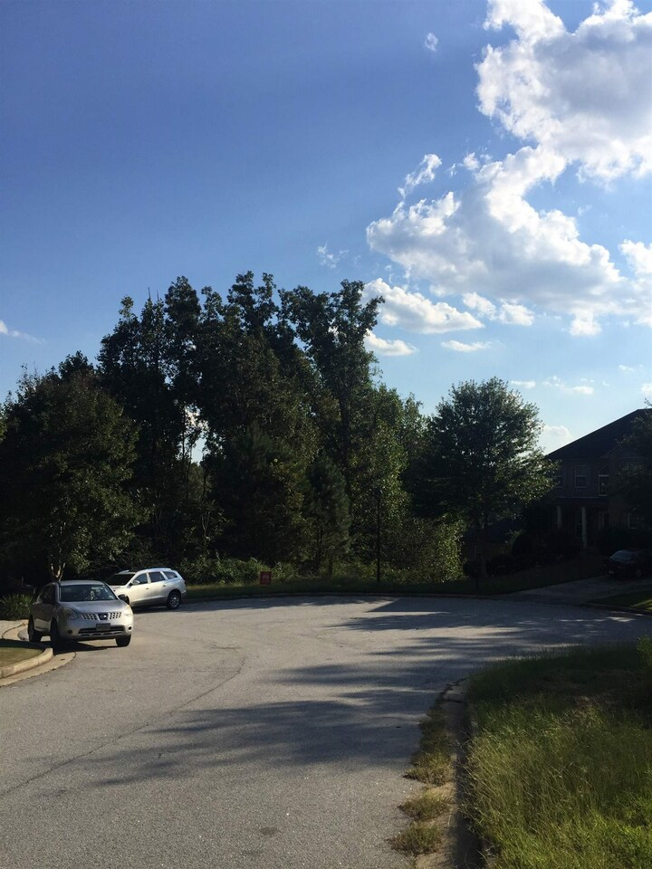 View Slide 2 for listing 8457839