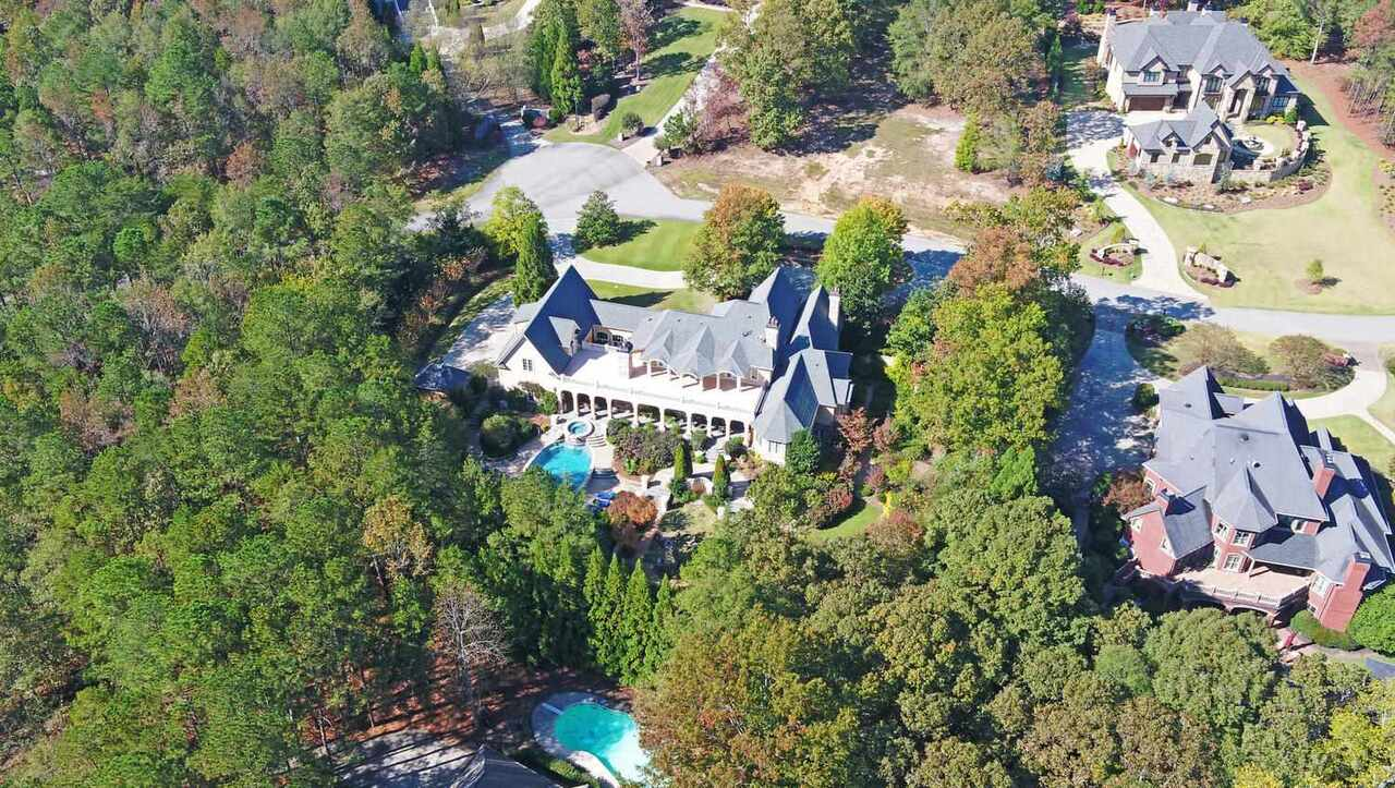 View Slide 90 for listing 8829457