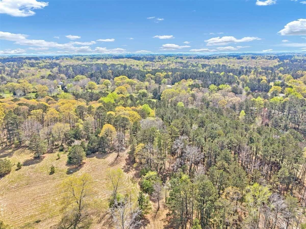 View Slide 26 for listing 8974481