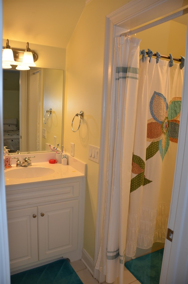 View Slide 33 for listing 9038158