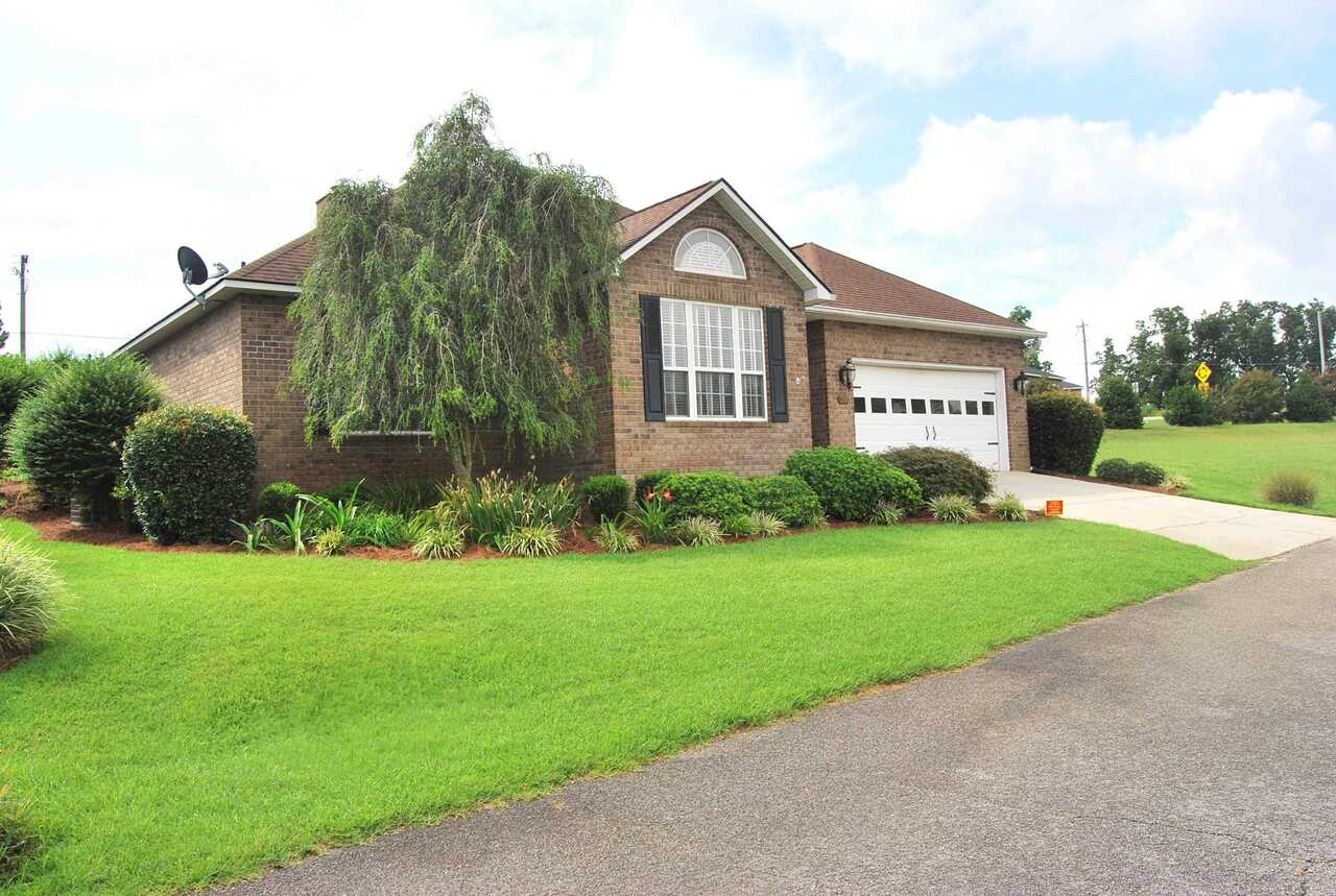 View Slide 1 for listing 9041288